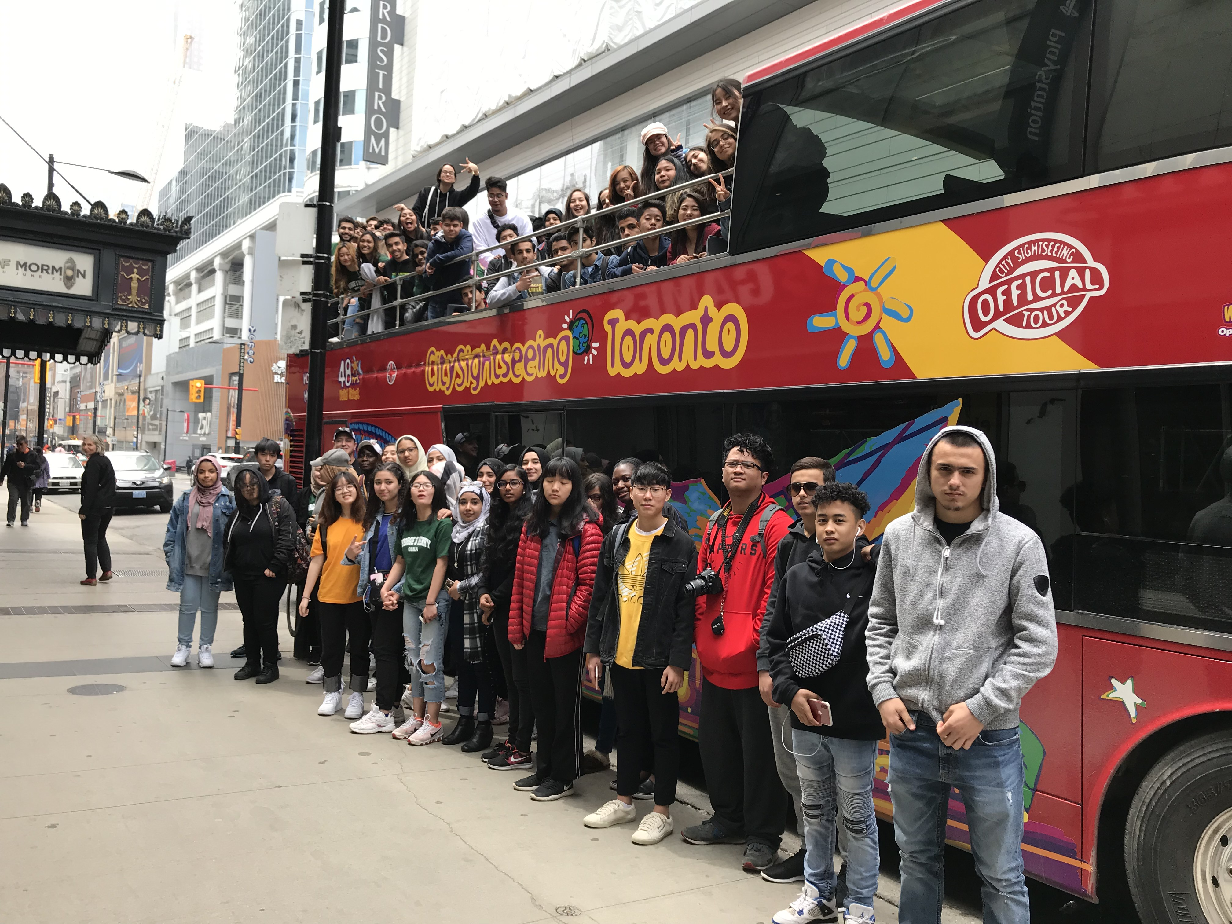 Tour of Toronto for Newcomers open gallery